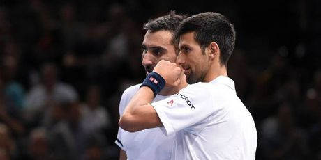 Tin HOT the thao 1/11: Djokovic thua tran mo man Paris Masters - Anh 1