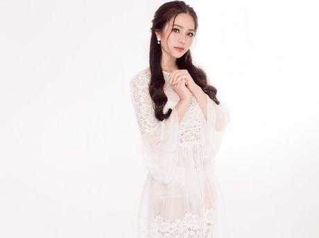 Hoa hau Ao dai Bien Duong Kim Anh dep hut hon voi vay trang tinh khiet - Anh 2