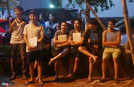 Hien truong vu chay chung cu Rainbow Linh Dam: Om Macbook thao chay - Anh 5