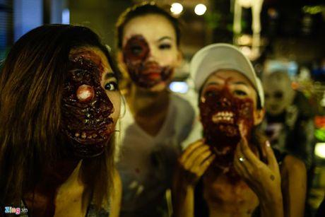 Am anh va di biet Halloween - Anh 1