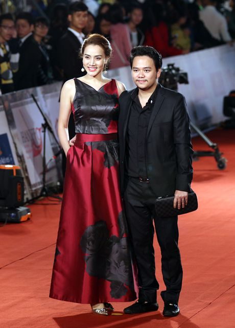 Angela Phuong Trinh sexy du Lien hoan phim quoc te Ha Noi - Anh 14