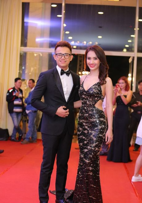 Angela Phuong Trinh sexy du Lien hoan phim quoc te Ha Noi - Anh 17