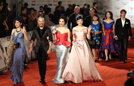 Angela Phuong Trinh sexy du Lien hoan phim quoc te Ha Noi - Anh 18