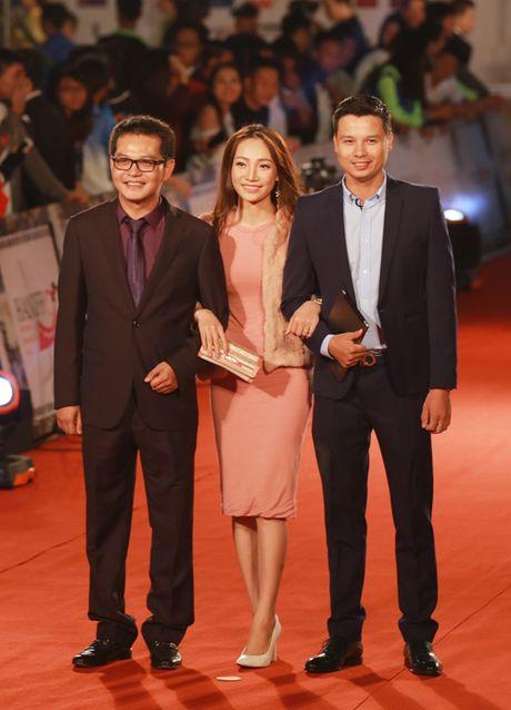 Angela Phuong Trinh sexy du Lien hoan phim quoc te Ha Noi - Anh 24