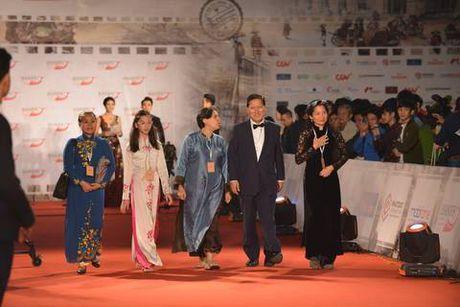 Angela Phuong Trinh sexy du Lien hoan phim quoc te Ha Noi - Anh 26