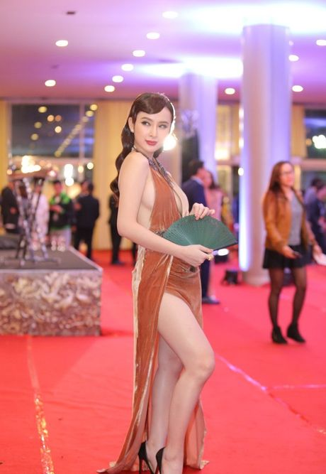 Angela Phuong Trinh sexy du Lien hoan phim quoc te Ha Noi - Anh 2