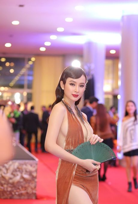 Angela Phuong Trinh sexy du Lien hoan phim quoc te Ha Noi - Anh 3