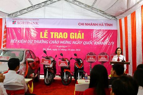 Tiet kiem du thuong Agribank Ha Tinh: Quan trong nhat la tai dau tu cho nong nghiep, nong thon - Anh 2