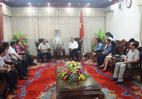 Bo Xay dung tham va tang qua nhan dan vung lu Quang Tri - Anh 2