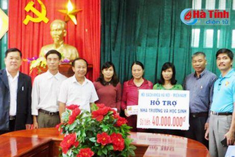 Dien vien Binh Minh chia se kho khan voi ba con vung lu Ha Tinh - Anh 8