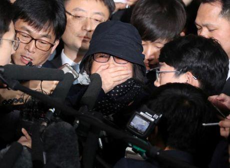 Han Quoc: Tong thong Park Geun-Hye doi mat khung hoang chinh tri - Anh 1