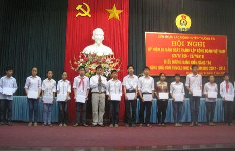 LDLD Thuong Tin: Luon cham lo doi song CNVCLD - Anh 1