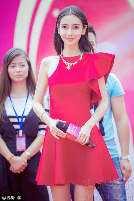 Khong phai Lam Tam Nhu, Angela Baby chinh la ba bau giu phong do on dinh nhat Cbiz - Anh 4