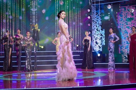 MC Thanh Mai lam vedette cho bo suu tap thoi trang cua NTK Tang Thanh Cong - Anh 13