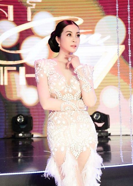 MC Thanh Mai lam vedette cho bo suu tap thoi trang cua NTK Tang Thanh Cong - Anh 14