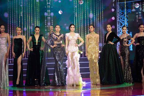 MC Thanh Mai lam vedette cho bo suu tap thoi trang cua NTK Tang Thanh Cong - Anh 15