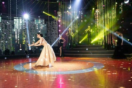MC Thanh Mai lam vedette cho bo suu tap thoi trang cua NTK Tang Thanh Cong - Anh 8