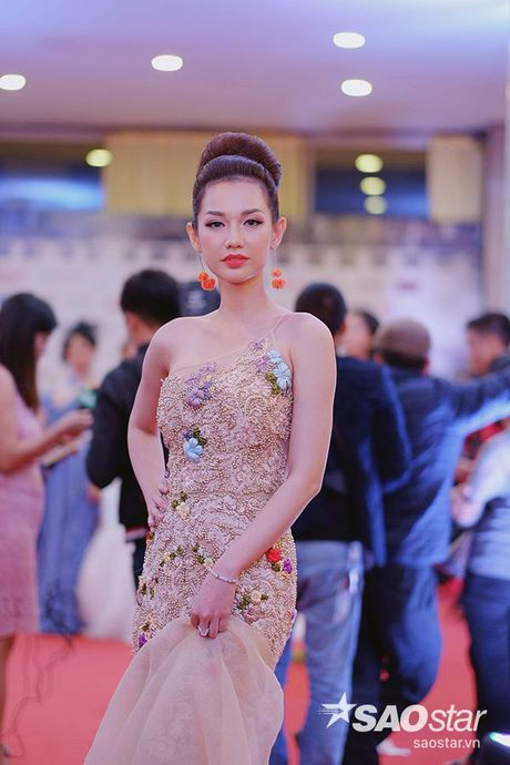 My nhan Viet quyen ru het co tren tham do khai mac LHP quoc te Ha Noi - Anh 6