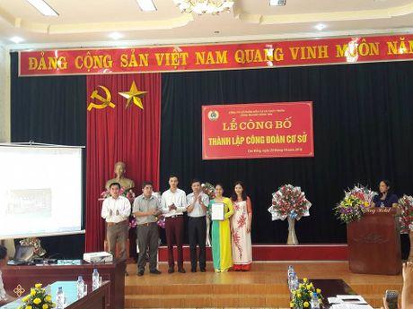 Cac cap cong doan tinh Cao Bang: No luc trien khai nhieu bien phap phat trien doan vien - Anh 1