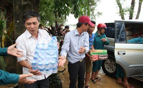 Quang Tri: Nuoc lu tai huyen Cam Lo da rut, mot nguoi mat tich - Anh 4