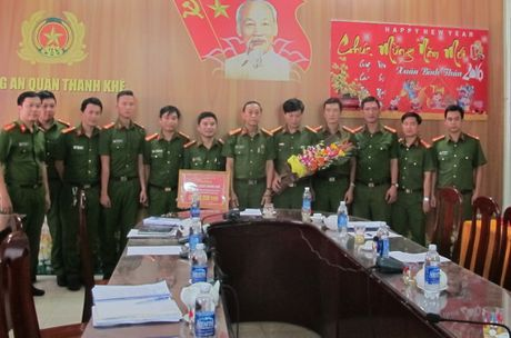 Da Nang: Pha duong day danh bac hang ngan USD - Anh 2
