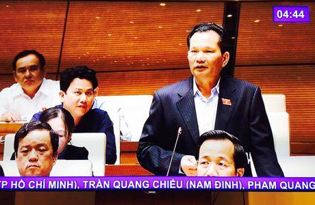 Quoc hoi 'nong' chuyen 'mieng banh ngan sach' - Anh 1