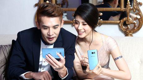 Samsung Galaxy S7 Edge them mau xanh san ho - Anh 8
