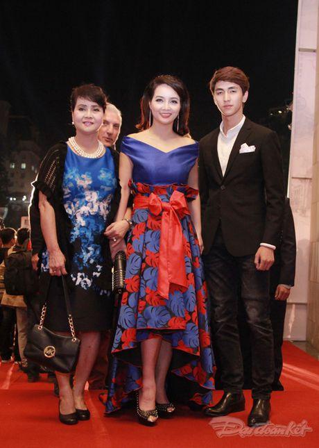 Dan sao khoe sac tren tham do Lien hoan Phim quoc te Ha Noi - Anh 12