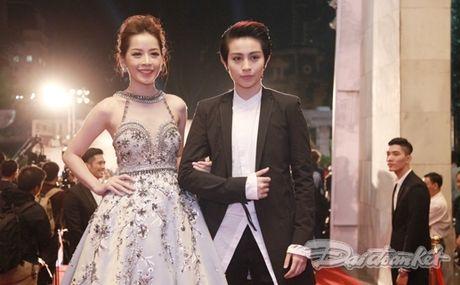 Dan sao khoe sac tren tham do Lien hoan Phim quoc te Ha Noi - Anh 2