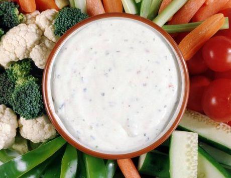 Lam xot tron salad voi mayonnaise ngon, bo tai nha - Anh 1