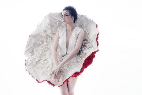 Thieu Bao Trang ke chuyen bi phan boi qua sang tac moi - Anh 2