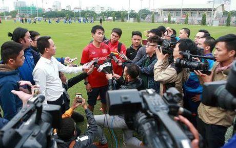 HLV Huu Thang: 'Tuyen Viet Nam da truyen lua cho U19 Viet Nam' - Anh 1