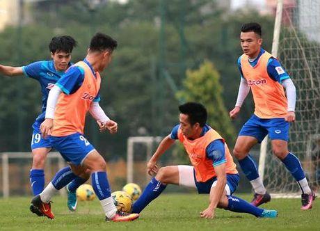 HLV Huu Thang: 'Tuyen Viet Nam da truyen lua cho U19 Viet Nam' - Anh 2