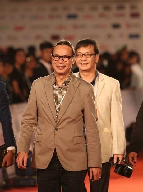 MC Minh Ha cong khai xuat hien cung Chi Nhan tren tham do - Anh 17