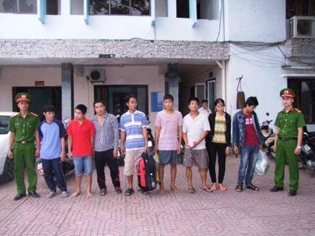 Dan giai 10 doi tuong truy na tu phia Nam ve Thanh Hoa - Anh 1
