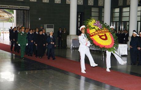 Lanh dao Dang, Nha nuoc vieng nguyen PCT Quoc hoi Truong Quang Duoc - Anh 1