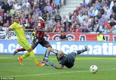 Balotelli khoi dau hay nhat Ligue 1 sau thoi Ibrahimovic - Anh 1