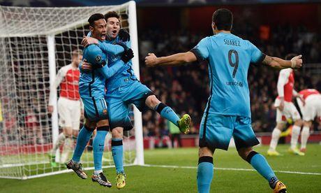 Barca va nhung lan 'om han' tren dat Anh o Champions League - Anh 12