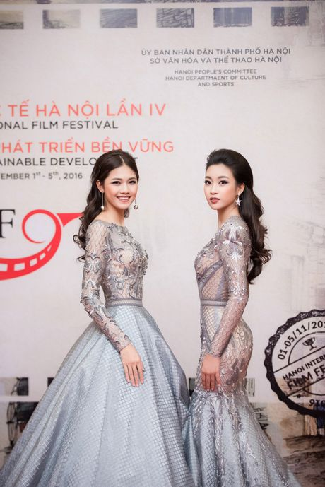 Sao Viet ruc ro tren tham do Lien hoan phim quoc te Ha Noi - Anh 10
