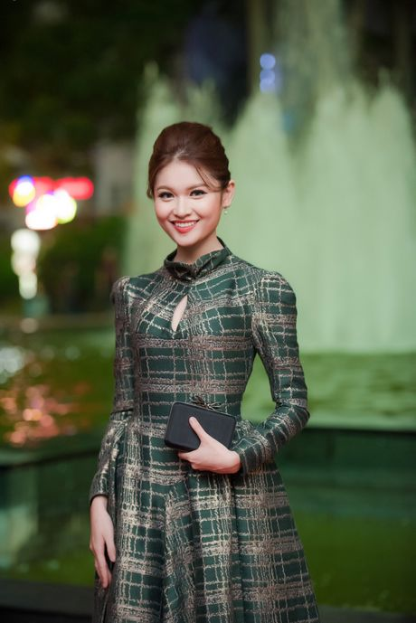 Sao Viet ruc ro tren tham do Lien hoan phim quoc te Ha Noi - Anh 12