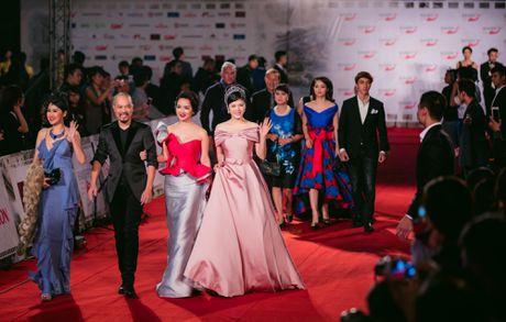 Sao Viet ruc ro tren tham do Lien hoan phim quoc te Ha Noi - Anh 1