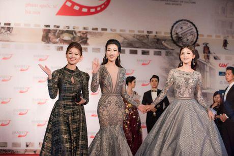Sao Viet ruc ro tren tham do Lien hoan phim quoc te Ha Noi - Anh 8
