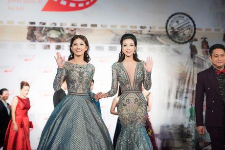 Sao Viet ruc ro tren tham do Lien hoan phim quoc te Ha Noi - Anh 9