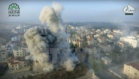 Nga tuyen bo 10 gio 'ngung ban nhan dao' tai thanh pho Aleppo - Anh 1