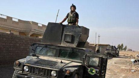 Lien quan My ram rap vao Mosul, Aleppo vang Nga khong kich - Anh 1