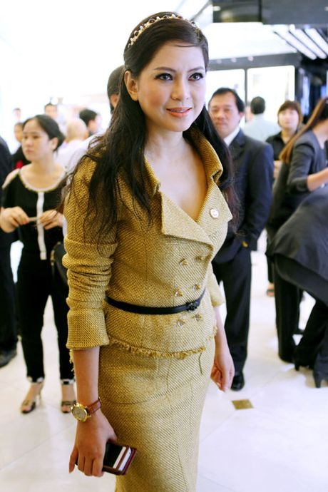 5 my nhan Viet U50 'dim hang' gai tre khong thuong tiec - Anh 15
