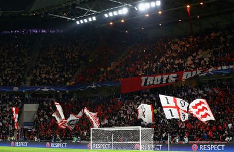 Bayern doat ve som sau cu dup cua Lewandowski - Anh 1