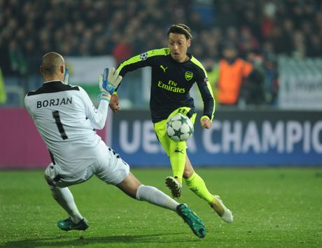 'Arsenal co su on dinh o dang cap cao nhat' - Anh 1