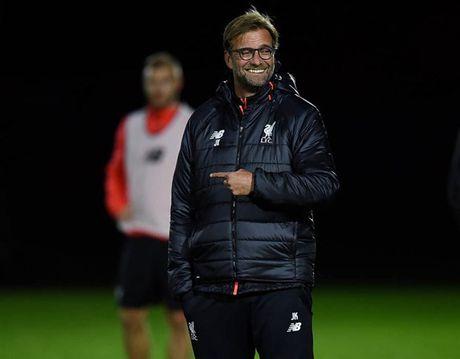 Liverpool van miet mai tap luyen du troi sap toi - Anh 5