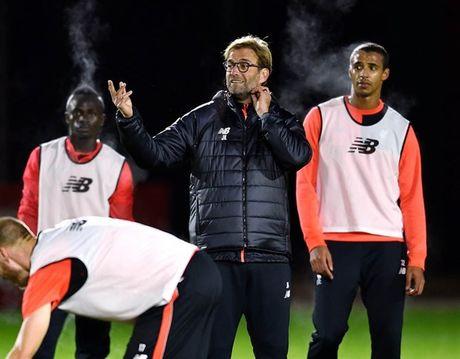 Liverpool van miet mai tap luyen du troi sap toi - Anh 6